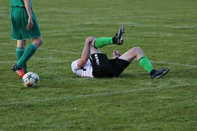 Uraz kolana spowodowany kontuzją sportową – typ, rozpoznanie, leczenie