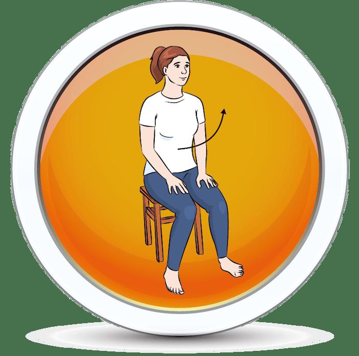 Dziewczyna wstaje z krzesła na wewnętrznej części stóp